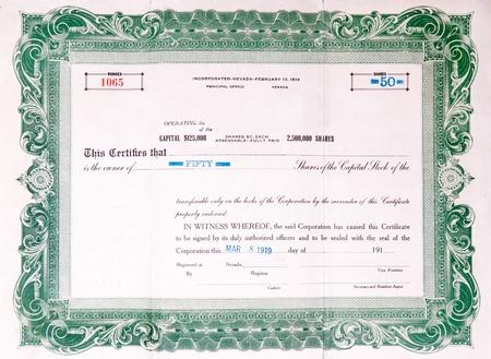 stock certificate: Verde certificado de acciones de EE.UU. emiti� en 1919.