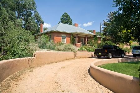 middle class: Vivienda unifamiliar en Santa Fe, Nuevo México.