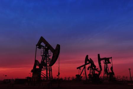 natural resources: La bomba de aceite Foto de archivo