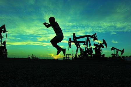 The oil pump 스톡 콘텐츠