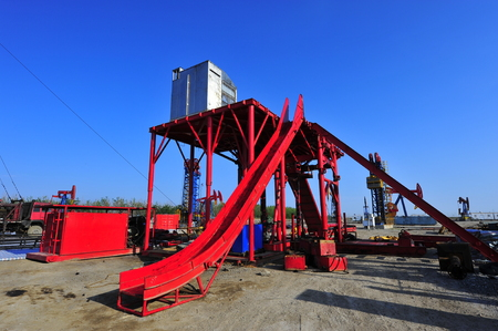 PUMPER: The oil pump Editorial
