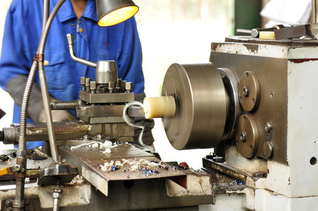 The lathe and spiral steel shavings
