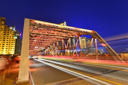Night traffic lights inside of the Garden Bridge of shanghai china. 版權商用圖片