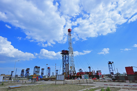 The oil pump landscape view