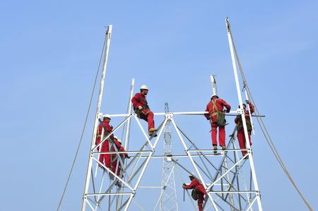 Pylon construction workers
