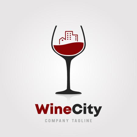 Progettazione del modello di logo della città del vino. Un bicchiere di vino con l'icona della costruzione della città su sfondo bianco illustrazione vettoriale per cantine, bar e ristoranti.