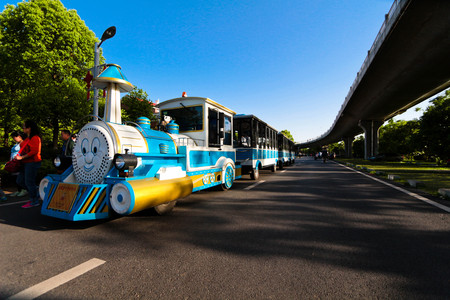 toy train: Toy train