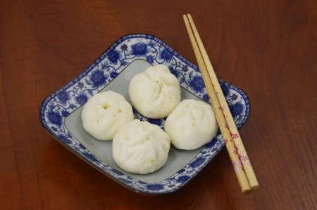 bun: Traditional bun