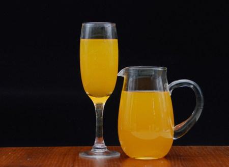 receptacle: Fruit juice