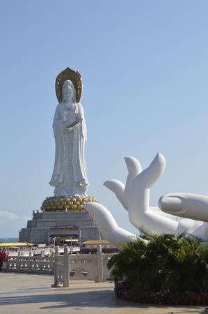 Nanhai Guanyin in Sanya 에디토리얼