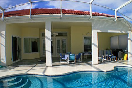 A Swimming Pool and Large Lanai in Florida Banque d'images