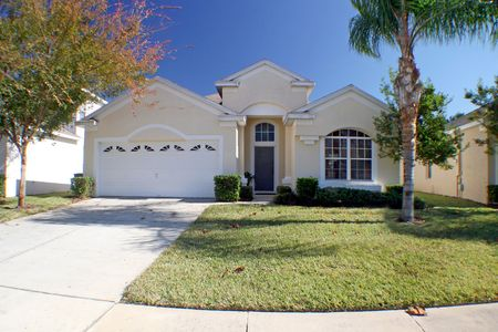 The Front Exterior of a Florida Home Stok Fotoğraf - 4135354