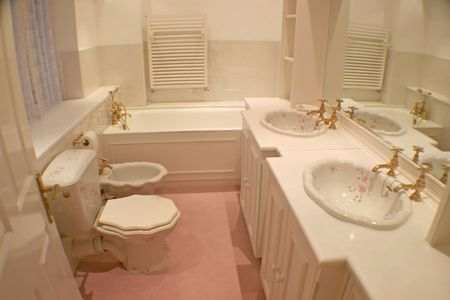 A classic bathroom in a old house. Stock Photo - 5118180