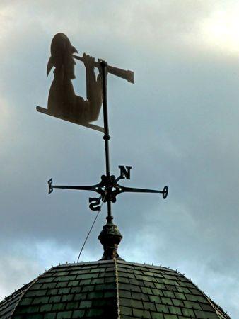 wiatrowskaz: Kierownicy pogody z poszukujÄ…cy za pomocÄ… teleskopu.  Zdjęcie Seryjne