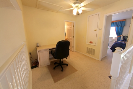 An upstairs office in a Florida home Stock Photo - 16216251