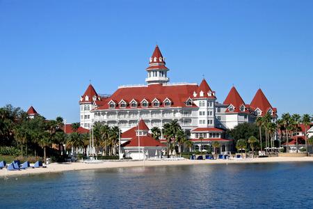 floridian: ORLANDO, FLORIDA - December 27, 2006 - The Grand Floridian Hotel in Walt Disney World