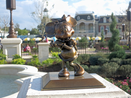 minnie mouse: ORLANDO, FLORIDA - March 5, 2015 - The Minnie Mouse statue in its new location in the new hub of Magic Kingdom, Walt Disney World