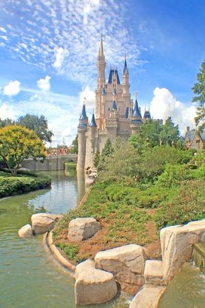 cinderella: ORLANDO, FLORIDA - October 8, 2008 - Cinderella Castle in Magic Kingdom, Walt Disney World.