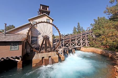 water wheel: ANAHEIM, CALIFORNIA - September 16, 2010 - The Water Wheel at Grizzly River Run in Disneys California Adventure.