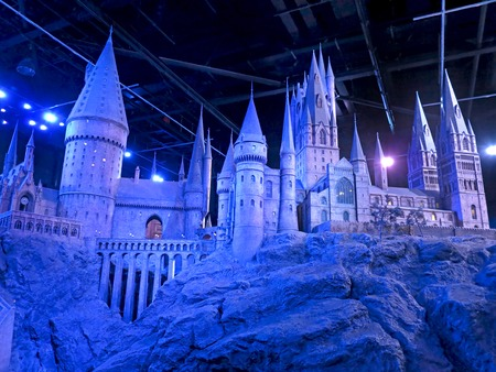 bros: LONDON, ENGLAND - July 30, 2012 - A scale model of Hogwarts at The Warner Bros. Studio Tour - Making of Harry Potter.