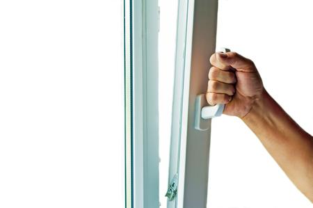 ventanas abiertas: ventana con mosquitero Foto de archivo