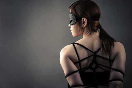 Beautiful woman in mask and bondage Zdjęcie Seryjne - 78391137