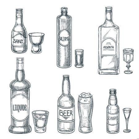 Alkoholflaschen und Gläser. Gezeichnete Skizze des Vektors Hand lokalisierte Illustration. Designelemente für das Barmenü. Spirituosen-, Bier- und Sake-Vintage-Umriss-Icons gesetzt Vektorgrafik