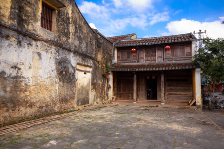 social history: The wall in Old town of Hoi An