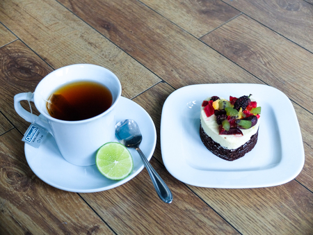 cup of tea: Cake and cup tea