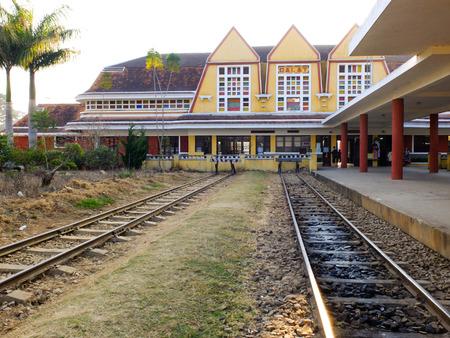 Vieja estación de tren Editorial