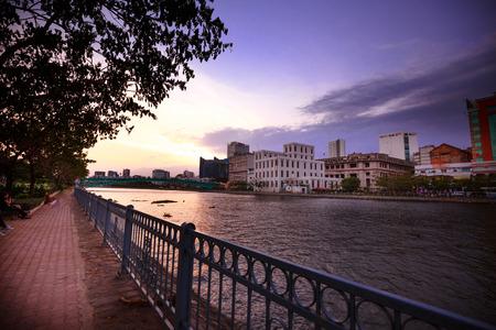 The landscape of Saigon: Hoàng hôn trên sông Sài Gòn