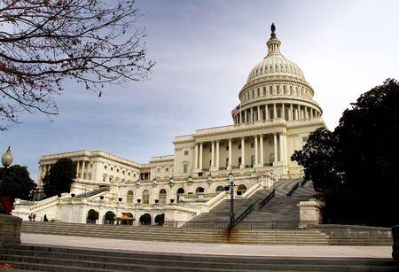 米国の国会議事堂の建物のビュー