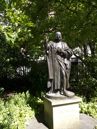 wesley: Statue of John Wesley the preacher in St Pauls Cathedral Garden in London