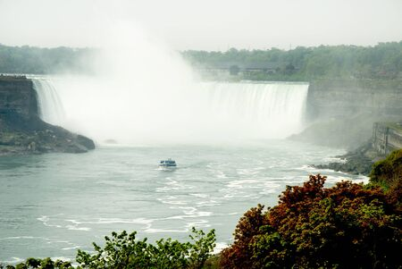 kingston: Niagara Horseshoe Falls in Canada