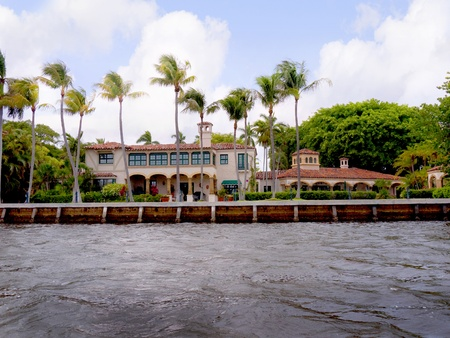 Spectacular Homes in Fort Lauderdale is a city in the U.S. state of Florida, on the Atlantic coast Stock Photo - 11561640