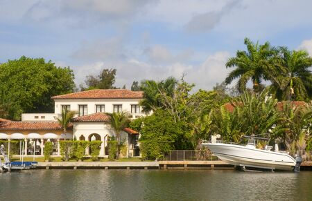 Spectacular Homes in Fort Lauderdale is a city in the U.S. state of Florida, on the Atlantic coast Stock Photo - 11561609