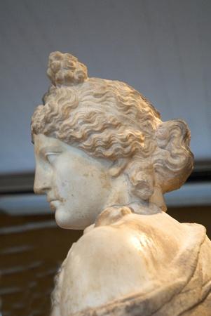 afrodite: Statua in marmo di Afrodite a Rethymno Creta Archivio Fotografico