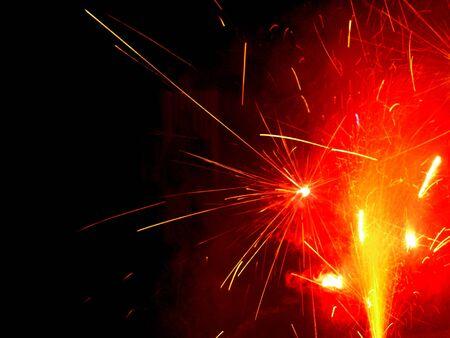 guy fawkes night: Fuochi d'artificio nella notte di falò in Inghilterra