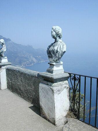 marquetry: Terraza del Infinito en Ravello Campania sur de Italia