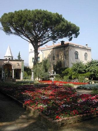 marqueteria: Villa en Ravello Campania sur de Italia Editorial