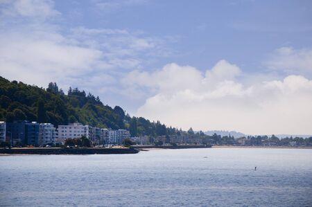 puget: Bainbridge Island across the Puget Sound from Seattle Washington USA Stock Photo