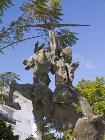 don quichotte: Statue de Don Quichotte � Nerja Espagne