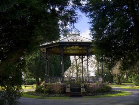 bandstand: Bandstand in Spa Gardens in Ripon Yorkshire Stock Photo