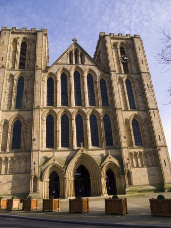 reredos: The facade of cathedral of St Wilfrid in Ripon Yorkshire Stock Photo