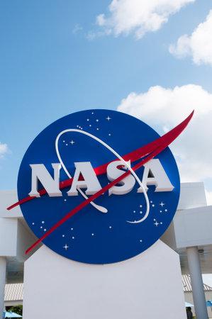 NASA teken op het Kennedy Space Centre Florida USA Redactioneel