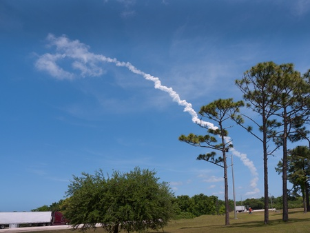 re fuel: The last ever flight of the Atlantis Shuttle as seen in Titusville Florida USA