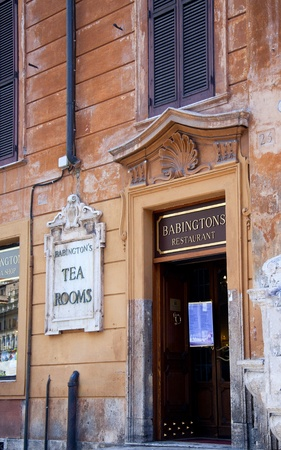 spanish steps: Babingtons famous tearooms at foot of the Spanish Steps in Rome Italy Editorial