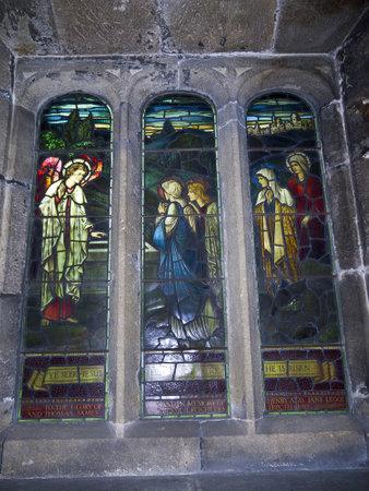 wharfedale: All Saints Church en Ilkley North Yorkshire Editorial