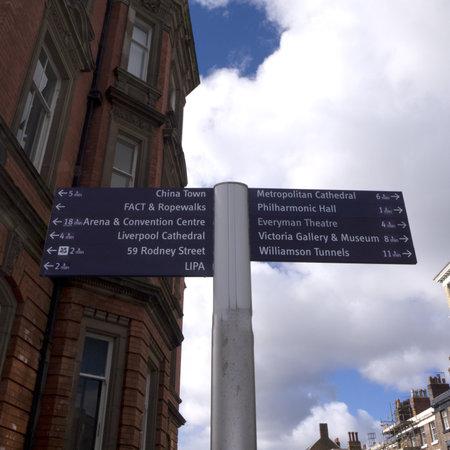 merseyside: Cartello in citt� di Liverpool Merseyside Editoriali