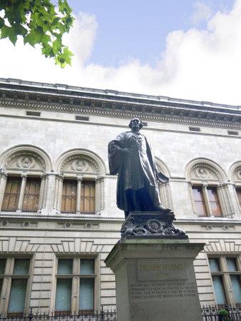wesley: Statue of John Wesley in London England Editorial